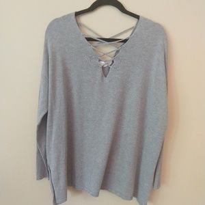 Honey Punch Criss Cross Gray Sweater L